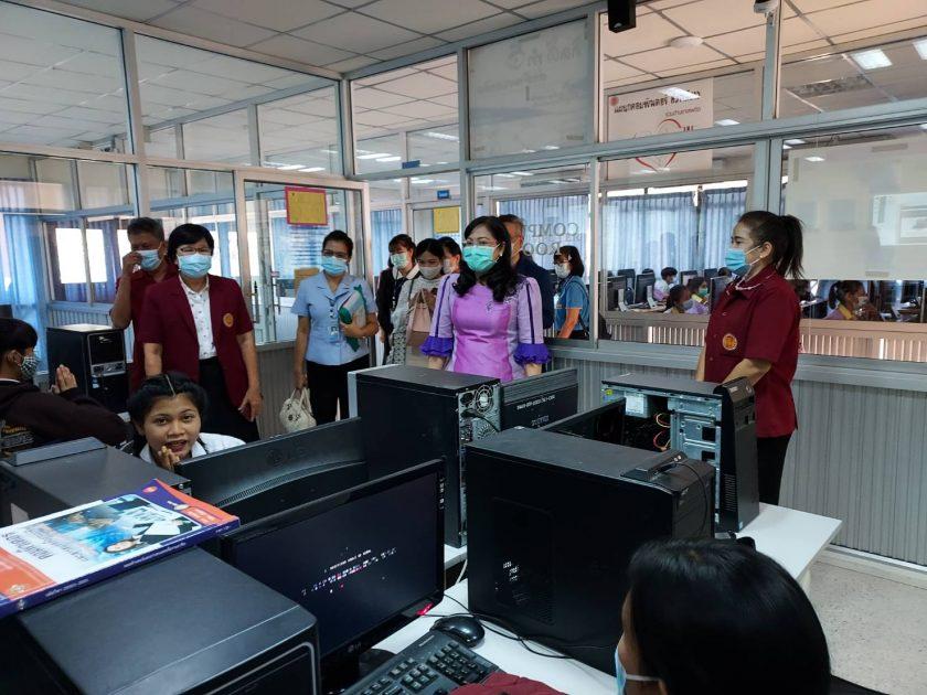 ผู้ตรวจราชการกระทรวงศึกษาธิการ ลงพื้นที่ตรวจราชการจังหวัดสุพรรณบุรี : วิทยาลัยการอาชีพอู่ทอง